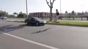 مردی که تصادف نمی کند
