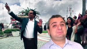 نسبت خواننده لس آنجلسی با مهران مدیری