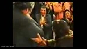 ,آخرین باری که زنده یاد آغاسی در لاله زارتهران خونده سال ۸۲که با استقبال عظیم مردم روبروشده
