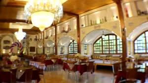 رستوران فوق العاده زیبای سه کاج اصفهان