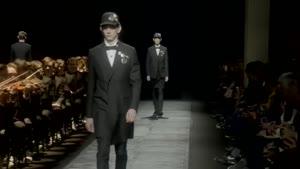 نمایش مد لباس مردانه - برند Dior Homme