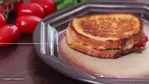 یک صبحانه و میان وعده عالی که معتادش می شوید/ تُست پنیر و گوجه فرنگی