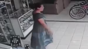 به این میگن دزد وارد
