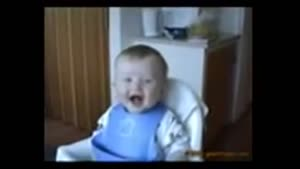 بچه خنده رو