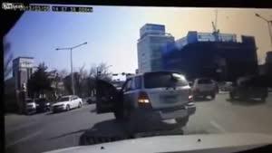 شاهکاری دیگر از رانندگی خانمها