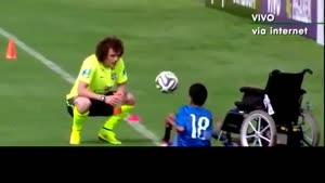 کودک معلول در تمرین برزیل