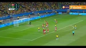 تصاویر برگزیده رقابت فوتبال دانمارک و برزیل