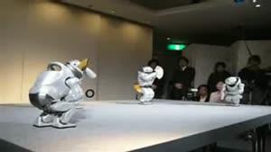 حرکات نمایشی توسط روبات ها