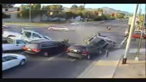 خیلی جالب و دیدنی حوادث رانندگی