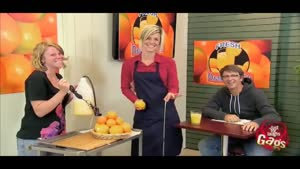 دوربین مخفی اب گرفتن پرتقال
