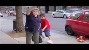 دوربین مخفی - پسر بچه ی کیف قاپ