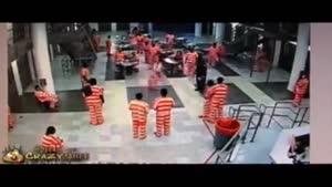 دعوا در زندان