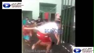 حمله دسته جمعی چینی های وحشی به یک پسر بچه و کشته شدنش