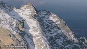 مسابقه طناب بازی در بلندترین کوه دنیا