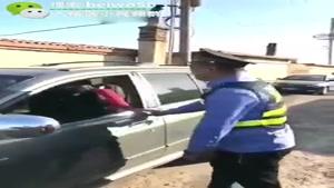 وقتی پلیس هم حریف خانم ها نمیشود ...