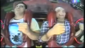 دو ايراني در شهربازي سيدني! ببينيد از خنده ميتركيد:))