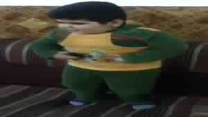 عربی رقصیدن پسر بچه تپل