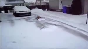 ماشین کنترلی برف روب