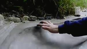 بازی کردن اسکیت برد با دست