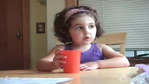 دختر بچه ی شیرین