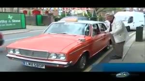 گزارش از یک تاکسی پیکان در لندن