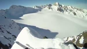 اسکی از نوک کوه همانا افتادن پایین از کوه همانا