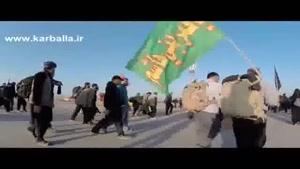 حاج حسین سیب سرخی (قدم قدم با یه علم ایشاالله اربعین میام سمت حرم)
