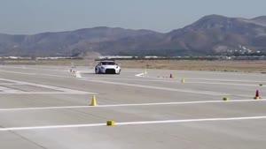 سرنشین نیسان GTR در پیست
