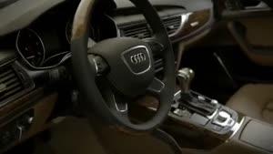 تبلیغ زیبا از کیفیت عالیه ماشین Audi A۸ ۲۰۱۴