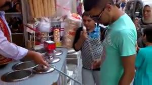سر کار گذاشتن مشتری توسط بستنی فروش