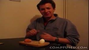 پوست کندن تخم مرغ با فوت