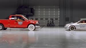 تست تصادف شاخ به شاخ شدن Ford F۱۵۰ and Honda Civic