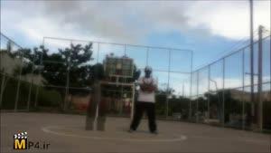 برک دنس در زمین بسکتبال