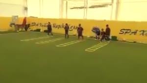 تمرین کردن تیم خردسالان بارسلونا
