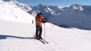 آموزش اسکی روی برف در حد متوسط