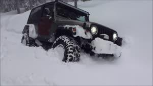 آفرود گروهی در ۲ متر برف