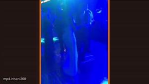 دنس مسی به همراه همسرش در عروسی