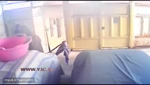 تماشای سرقت از یک خانه از نگاه دوربین مداربسته