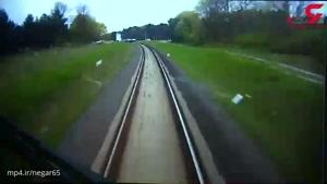 این راننده قطار جان تمام مسافران را نجات داد