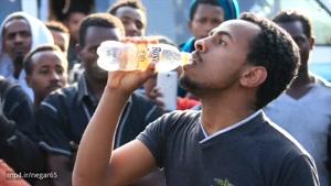 رکورد بیشترین زمان پاشیدن آب از دهان