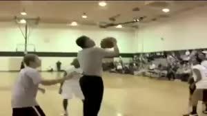 باراک اوباما و بسکتبال