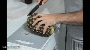 روش آسان و سریع پوست کندن و قاچ کردن آناناس