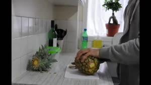 طرز پوست کندن و برش آناناس