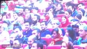 صحبت های رضا عطاران بعد از دریافت جایزه در جشن حافظ