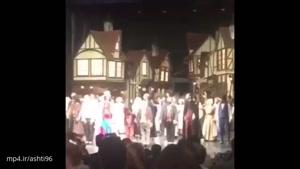 حضور دخترِ «مهناز افشار» سر صحنه تئاتر مادرش