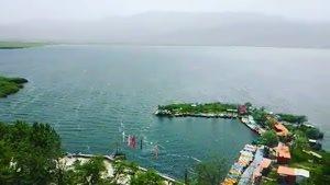 دریاچه زیبای زریوار