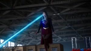 وقتی سوپرگرل برای اولین بار بقیه ابرقهرمانارو ملاقات میکنه