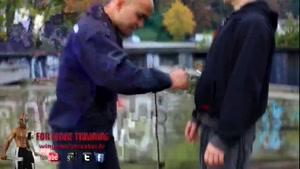 آموزش ۳سوته فوت وفن دفاع شخصی ۰۲۱۲۸۴۲۳۱۱۸-۰۹۱۳۰۹۱۹۴۴۸-wWw.۱۱۸File.Com