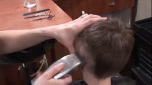 تمام فوت وفن آرایشگری مردانه ۰۲۱۲۸۴۲۳۱۱۸-۰۹۱۳۰۹۱۹۴۴۸-wWw.۱۱۸File.Com