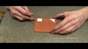 آموزش حکاکی روی چرم با دست_۰۹۱۳۰۹۱۹۴۴۸-۰۲۱۲۸۴۲۳۱۱۸.www.۱۱۸file.com